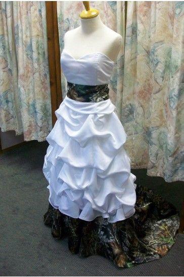 Trendy Buy Cheap Camo Wedding Dresses with Pattern Taffeta Fabric Court Train CWD Online