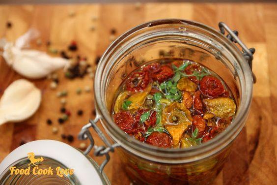 Suszone pomidorki koktajlowe | Food Cook Love