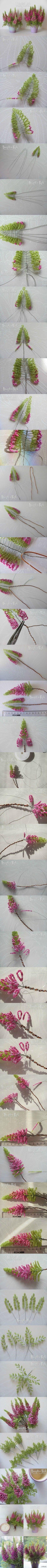 #串珠欧石楠#作者Марина Литовченко。先用绿珠串出嫩叶,慢慢加入粉珠,为了加强枝干编入一根铜线,逐渐增加粉珠数,直到全成粉叶再加入一条粗枝,这样有大量花序珠也不会弯曲。接着把串好的推上去,开始先串粉珠渐渐增加绿珠底叶,全部完成后扭在一起插入雪花石膏花盆中,调整自然。 - 堆糖 发现生活_收集美好_分享图片