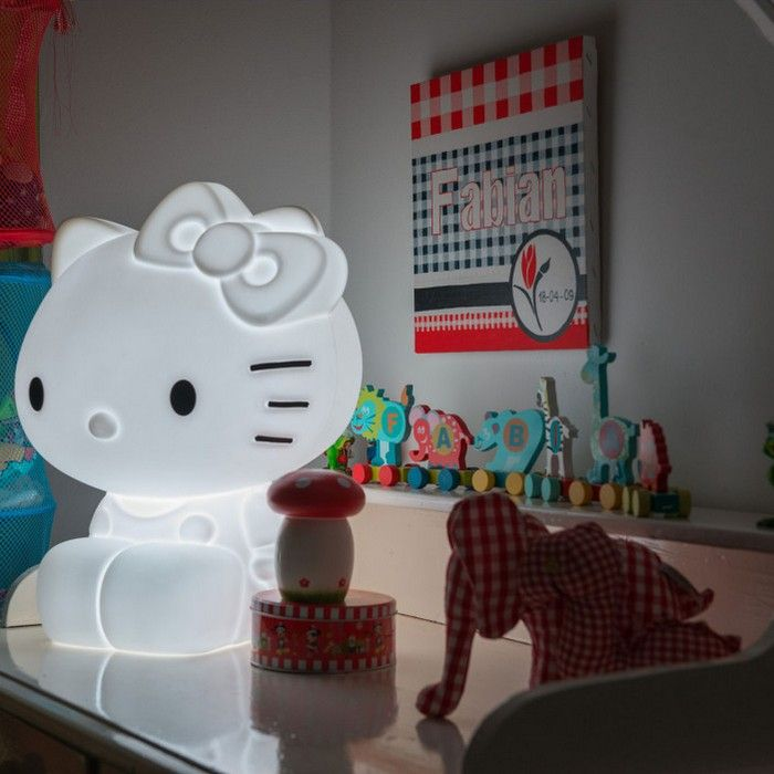 Hello Kitty Lamp | This gorgeous lamp will look amazing in any room of your house.  Perfect for Hello Kitty fans of all ages.