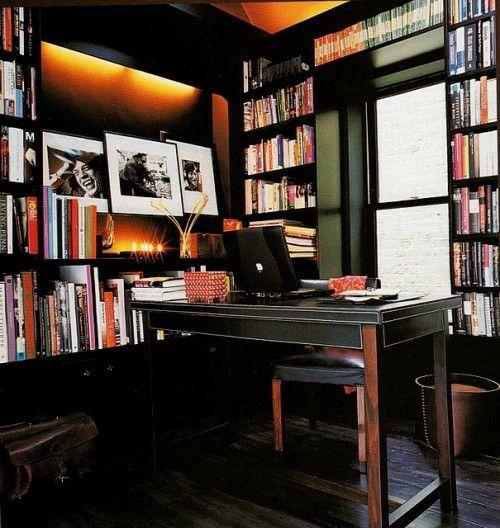 originelle interior design ideen für männer büro bücher regale