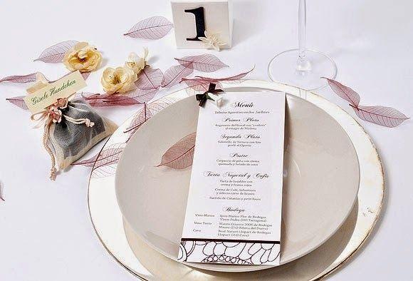 la papelería para bodas, no incluye solamente las invitaciones, sino que es algo mucho más amplio. lee el artículo y descubrelo