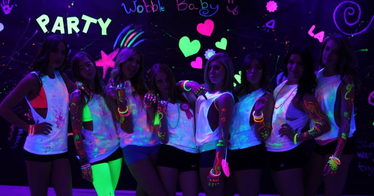 Black light sweet 16 party | Having a Party ...