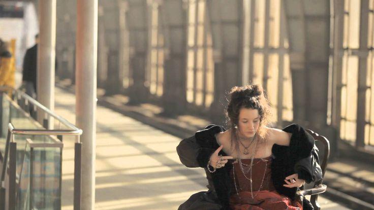"""Anna Prohaska sings Vivaldi's """"Alma Oppressa"""""""