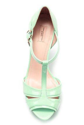 Mint wedding shoes (a popular color for 2013 weddings)   Keywords: #mintweddings #jevelweddingplanning Follow Us: www.jevelweddingplanning.com  www.facebook.com/jevelweddingplanning/