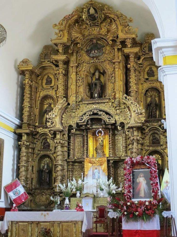 Trujillo Perú retablo mayor iglesia San Agustin
