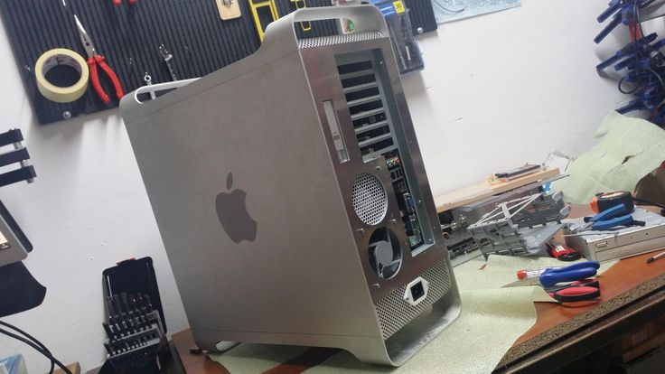 Apple G5 case mod / Hackintosh mod - turning the Apple G5