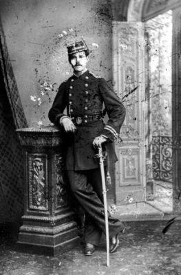 Alejandro Villalobos, Teniente del Regimiento Esmeralda 7° de Línea.