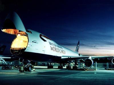 Pengiriman Cargo Melalui Udara