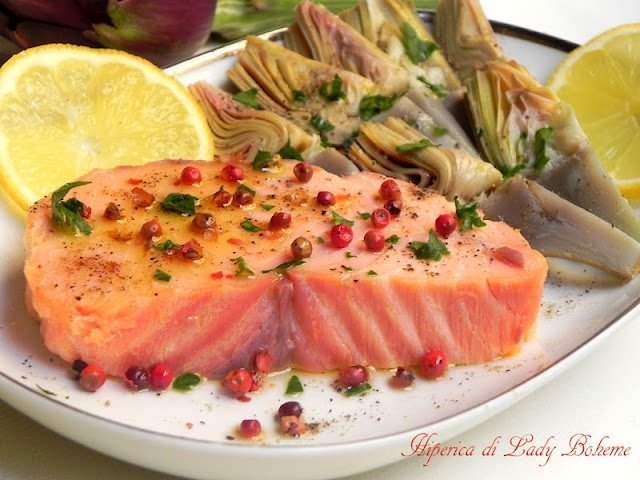 Salmone al pepe rosa: Fish Salmon, European Tours, With Artichokes, Shared Boards, Pink, Salmon Recipes, Salmone Al, Pepe Rosa, Kitchen