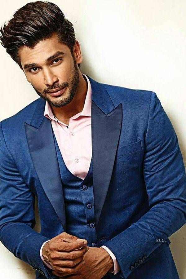 Rohit Khandelwal. Born 8-19-89.  Model, actor, television personality.