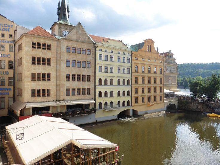 veduta di Praga, Francia