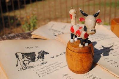 Scrap da Ana Caldatto: Brinquedo antigo Popular Vaca marionete