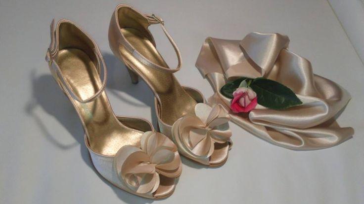 Svatební boty - vanilkově zlatá podle B. Mischka svatební boty, svatební obuv, svadobné topánky, svadobná obuv, obuv na mieru, topánky podľa vlastného návrhu, farebná svadobná obuv, pohodlné svatební boty