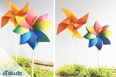 Windräder sind ein toller Spaß für Groß und Klein. Hier haben wir drei Bastelanleitungen für Windräder aus Papier. Einfach nachbasteln!