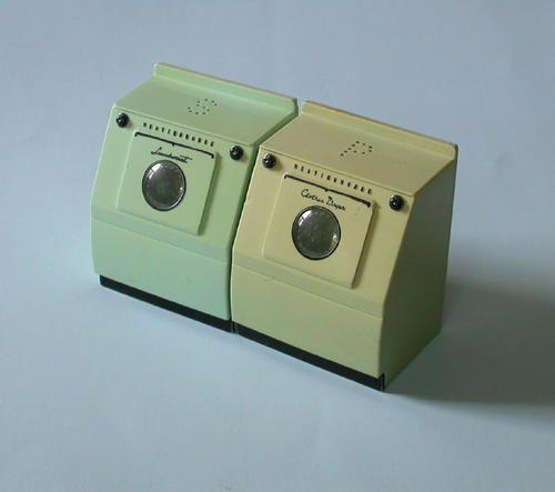 1950s Westinghouse Green Plastic Washer & Dryer Salt & Pepper Shakers
