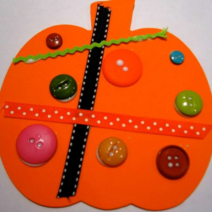 Button & Ribbon Pumpkins from Toddler Approved