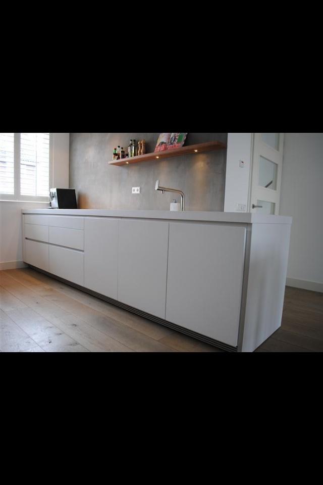 Mooie strakke keuken voor kleine ruimte