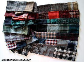 Pezzi: Sciarpe in patchwork realizzate con campionature di tessuti di lana.