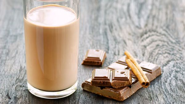 """Why you should drink chocolate milk after a tough match or workout. I """"dairy"""" you to learn why."""
