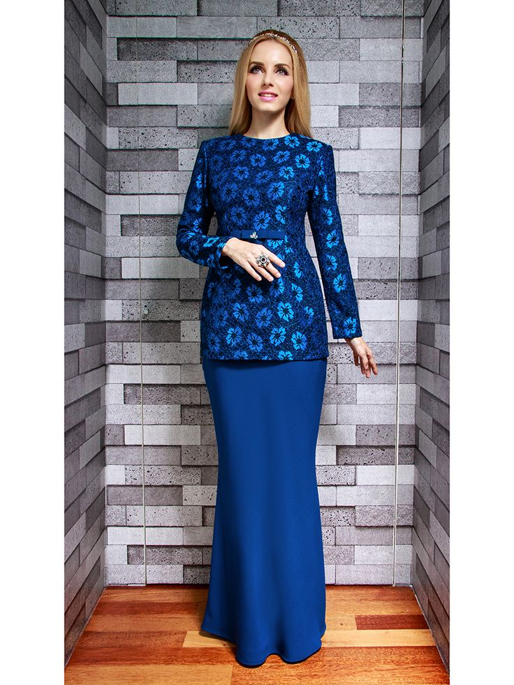 Lace Modern Kurung in Blue