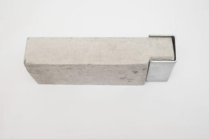Ridgi Concrete Sleepers And Steel Posts Retaining Wall
