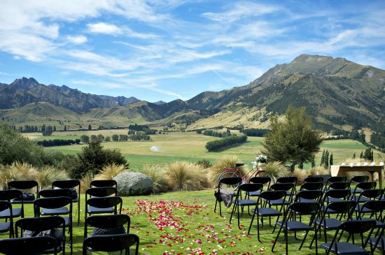 Mia and Ebens New Zealand Wilderness Wedding