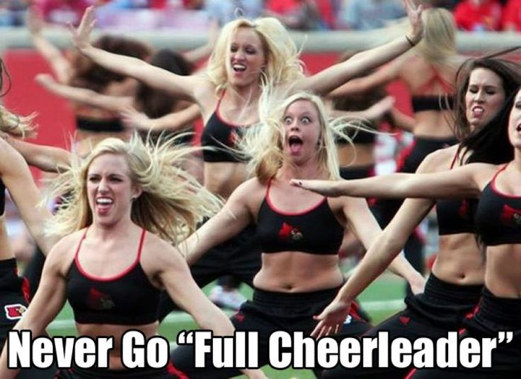The Funniest Cheerleader Faces Ever (GALLERY)
