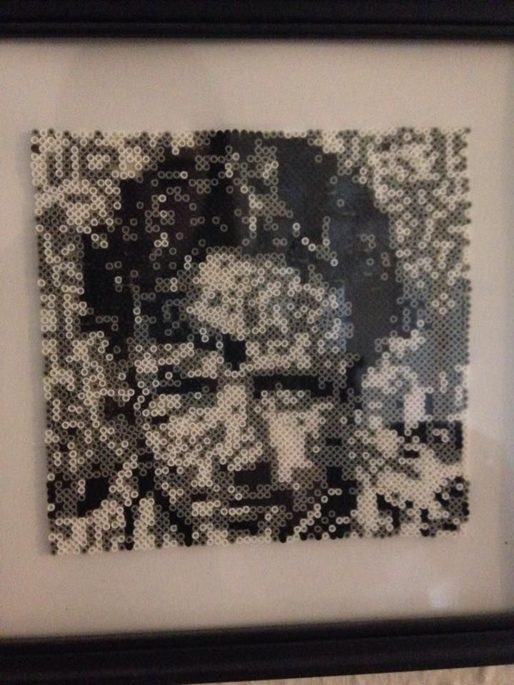 Actor Russell Crowe made in mini Hama pearls