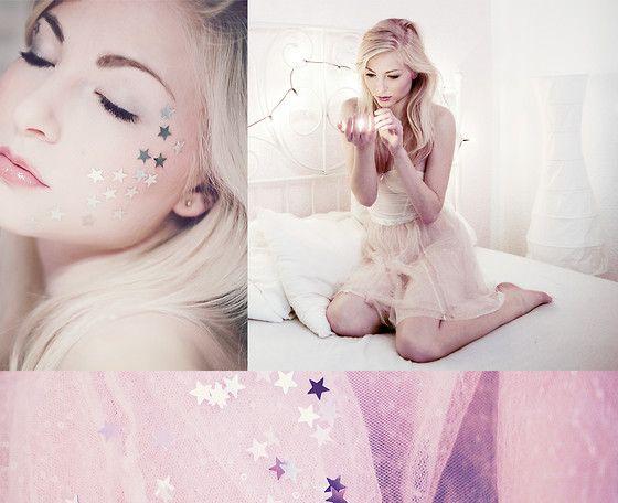 Every star is a wish (by Joana Gröblinghoff) http://lookbook.nu/look/4209661-every-star-is-a-wish