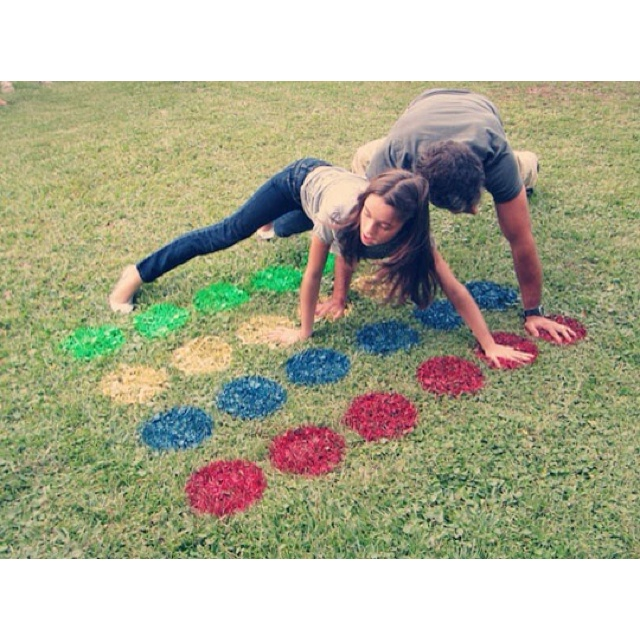 outdoor twister game board http://www.sheknows.com/living/articles/996757/how-to-make-outdoor-twister?sk_ref=sbpi-img
