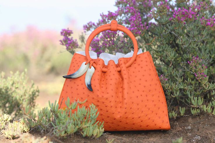 classic #vialamoda style 1306 genuine ostrich leather handbag