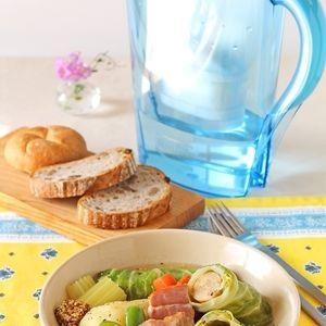 ソーセージロールキャベツと野菜のドイツ風煮込み+by+ぱおさん+|+レシピブログ+-+料理ブログのレシピ満載! ソーセージをキャベツで包んだお手軽なロールキャベツ。 お肉や野菜、それぞれの食材のおいしさを引き出すブリタのお水で、 シンプルな味付けでも出汁がうまみたっぷり!食べるスープです。
