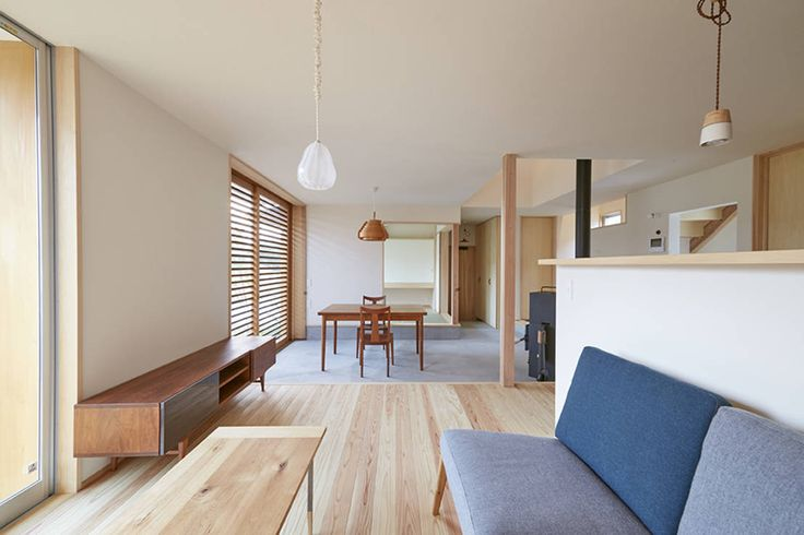 一級建築士事務所co-designstudio の 北欧デザインの リビング リビングダイニング