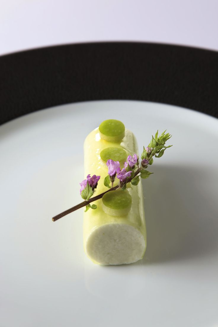 Green Apple and Quark Cremeux