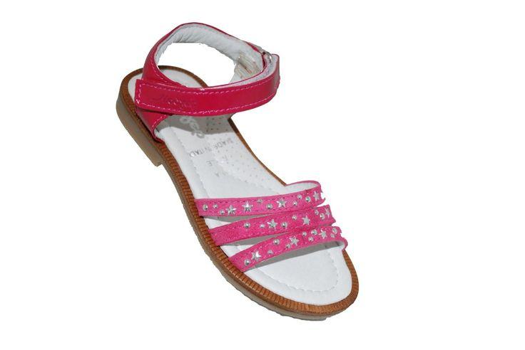 #girls #sandals Πέδιλο Μούγερ από δέρμα σαμουά/λουστρίνι, φούξια με αστεράκια, με αυτοκόλλητο κούμπωμα & ανατομικό πέλμα. www.mouyer.gr/store/products/collections/season2015S/itemA16116-5700-29