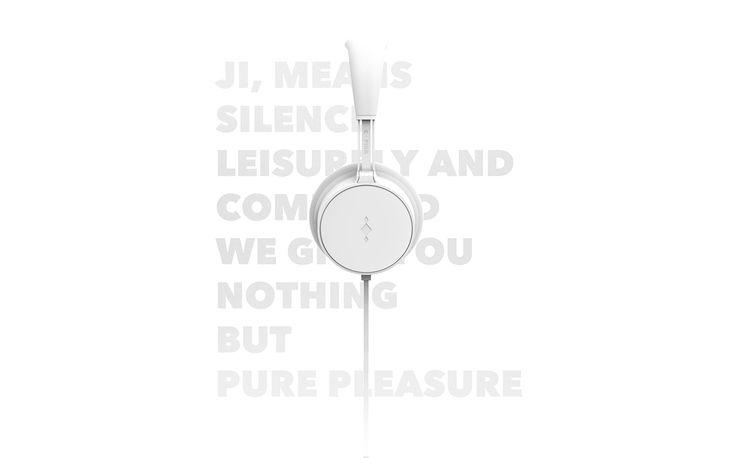 "Consulta este proyecto @Behance: ""HeadPhone Design - Ji"" https://www.behance.net/gallery/44735795/HeadPhone-Design-Ji"