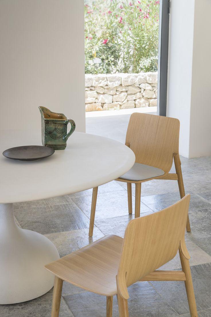 saen table made of concrete + kayak wooden chair & kayak soft chair  #aliasathome #alias #aliasdesign