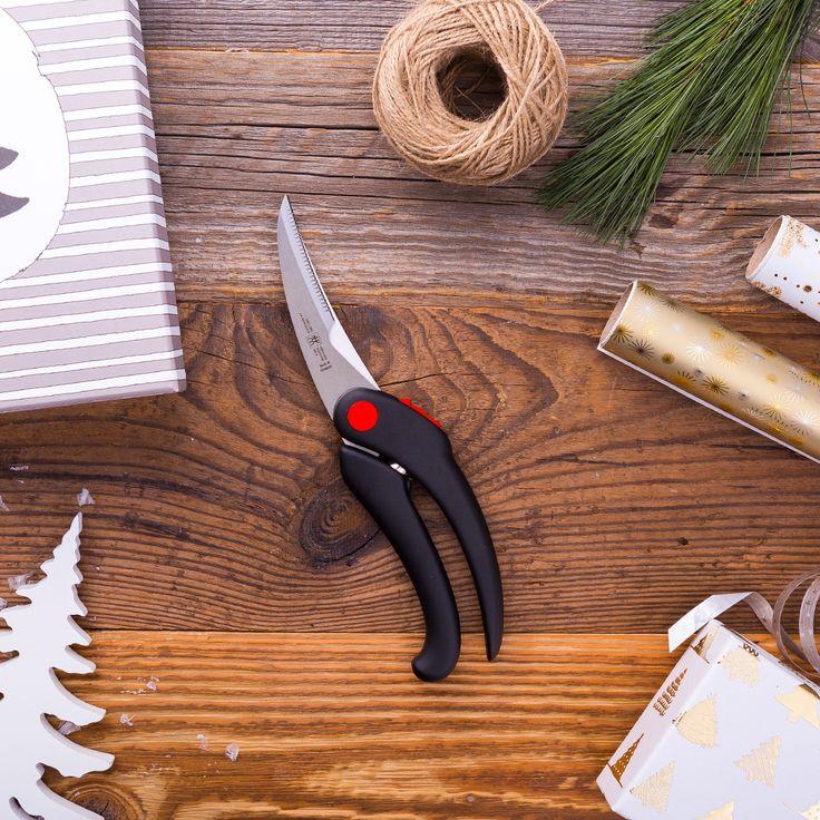 Am 7.12. verschenken wir eine Geflügelschere von ZWILLING.   Mehr Infos gibt es in der Board-Beschreibung oder auf Instagram (http://www.instagram.com/zwilling_de) | ZWILLING J.A. Henckels #geschenkeregen