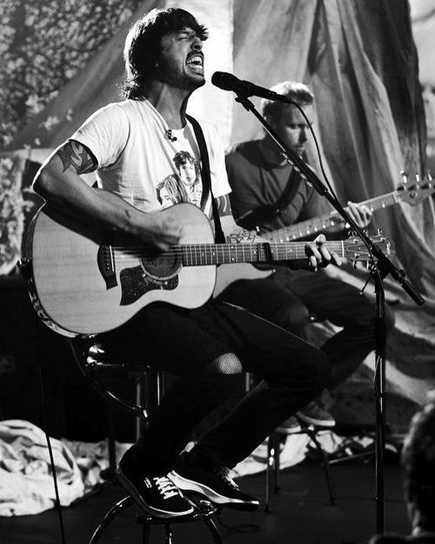 DAVE GROHL OF FOO FIGHTERS PLAYING ACOUSTIC GUITAR ON STAGE  HEAVY METAL T-SHIRTS and METALHEAD COMMUNITY BLOG. The World's No:1 Online Heavy Metal T-Shirt Store & Metal Music Blog. Check out our Metalhead Clothing and Apparel Store, Satanic Fashion and Black Metal T-Shirt Stores; https://heavymetaltshirts.net/