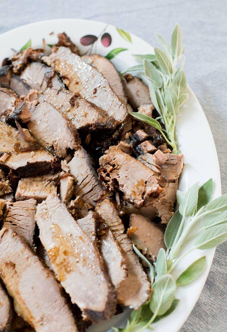 Carne al vino tinto y miel. Fantástica, con costra crujiente y jugoso interior. #carnealhorno #carnealvino