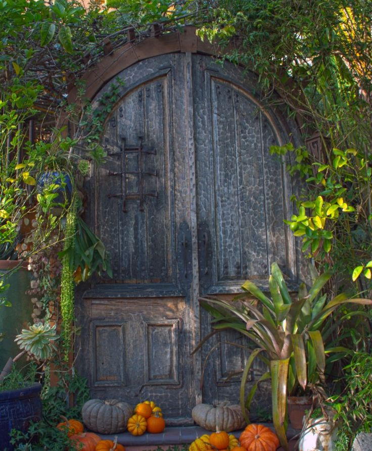 rustic gate entrances | Craftsman Pool House (previous ...