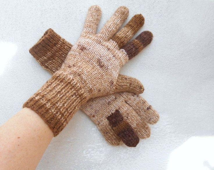 Pletené+rukavice+hnědý+melír+ručně+pletené+dámské+rukavice+teplé,+pružné,+delší+na+zápěstí+nebude+foukat+do+rukávku,+zaručeně+nekousavé+na+průměrnou+dámskou+ruku+na+každé+je+přechod+barev+trochu+jiný,+tím+jsou+originální+a+jedinečné+pouze+jeden+jediný+pár+další+úplně+stejný+není+a+nebude+vhodný+zapínací+nákrčník