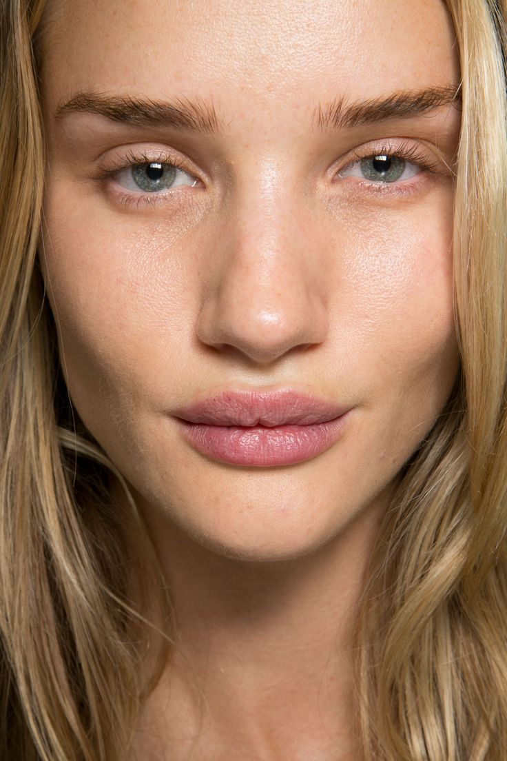 Rosie HuntingtonWhiteley No Makeup Bare Face Natural N