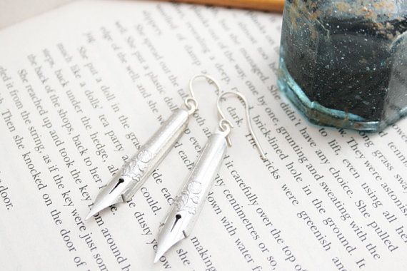 Hey, I found this really awesome Etsy listing at https://www.etsy.com/listing/163083012/fountain-pen-nibs-dangle-earrings-dip