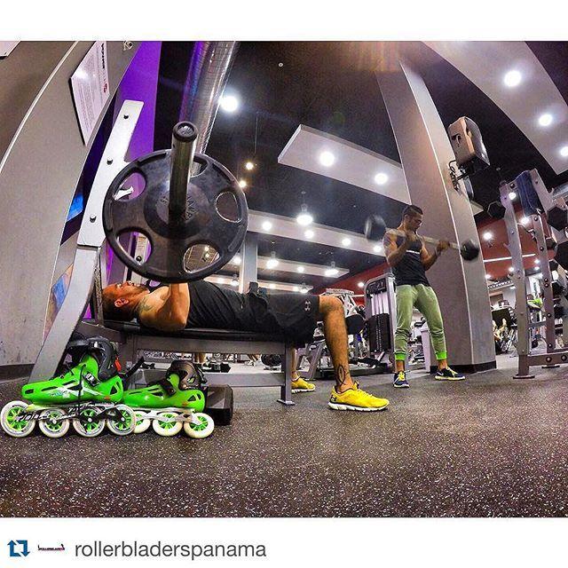 #Repost @rollerbladerspanama  Tarde de Training en @powerclubpanama Soho mall antes del #MARTESFITNESS !!! y tu!? #CualEsTuExcusa  #rollerblade #rolleapanama #rollerblades #inlineskate #rollerskate #roller #patin #patines #rollerskates #rollers #inlineskating #fitness #rollerblading #fitness #fitness507 #fitnesspty #freeskate #YoEntrenoEnPowerClub