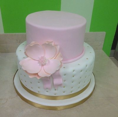 wedding cakes hamilton ontario 1000 ideas about cupcake gift baskets on 24472