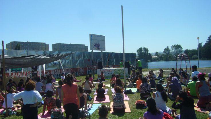 clase abierta en Eco yoga festival sábado 14 de marzo, concepción, chile