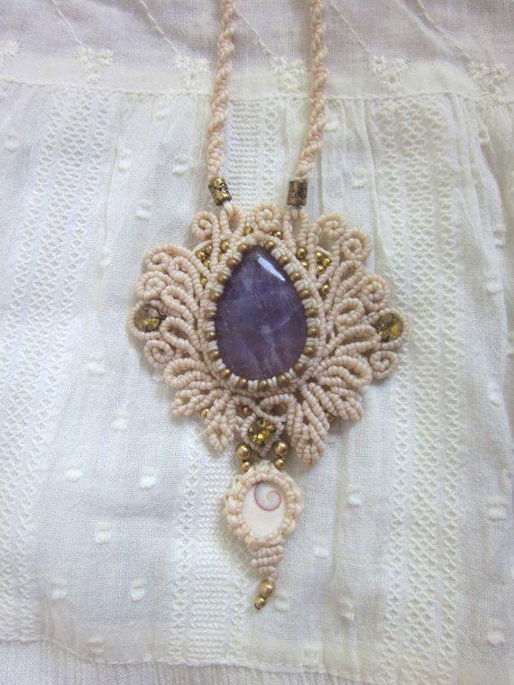 Collar de amatista blanco de la boda, joyería de la diosa bohemio