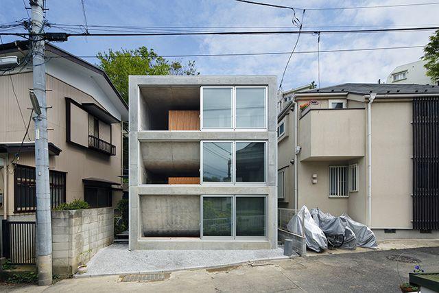 どうしても面積に余裕がない都会の家。その解決策としてよく用いられるのが、地下室です。 地上のみで建てる場合と違 […]
